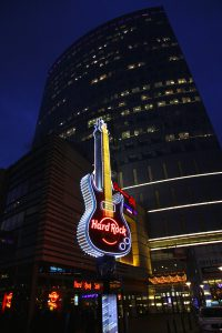 6244771-hard-rock-cafe-signboard-at-the-city-of-warsaw